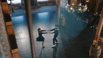 BYUS_Folk_Dance_03